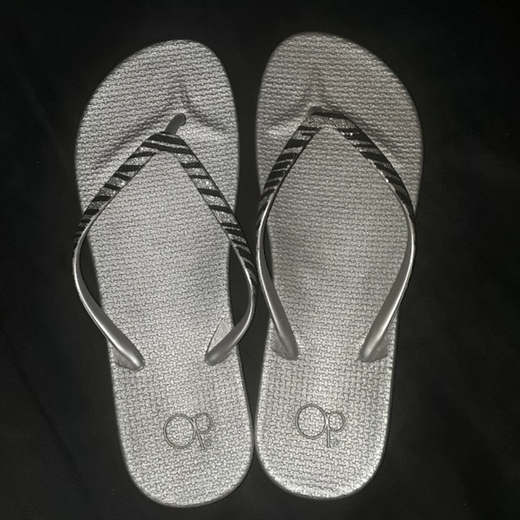 OP Shoes | Womens Flip Flops | Poshmark